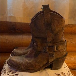 Ariat Coloma Women's size 8 leather boots.